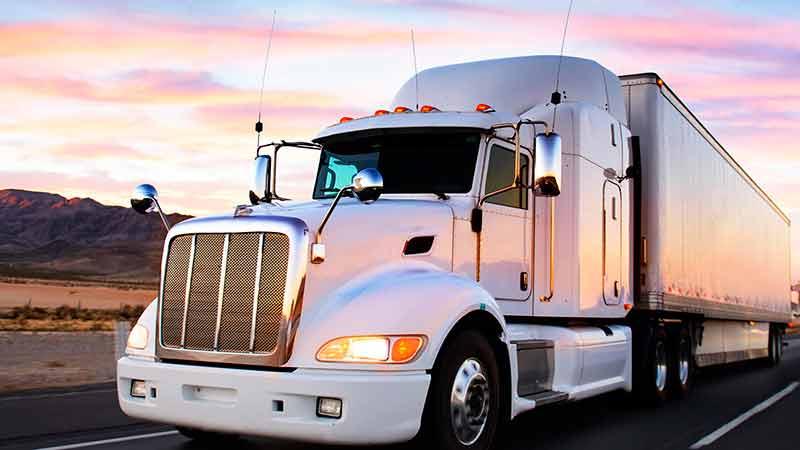 Solicitan agilizar trámites y apoyo al transporte de carga federal